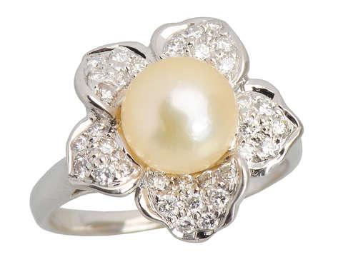 Vintage Flower Design Cultured Pearl Diamond Ring