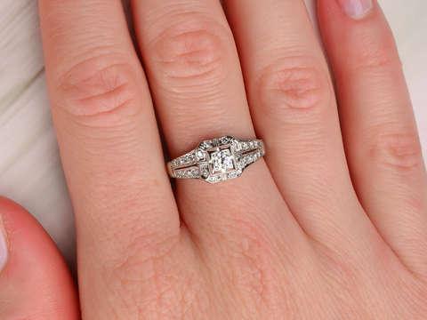 White Wedding - Vintage 18k Diamond Ring