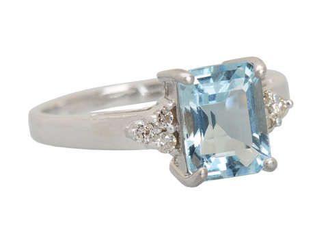 Vintage Emerald Cut Aquamarine Diamond Ring