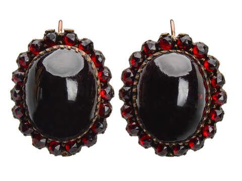 Bohemian Grand Garnet Antique Earrings