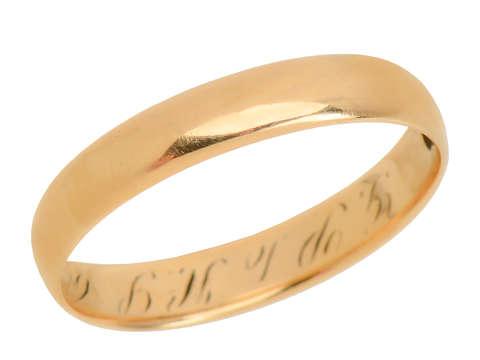 1912 14k Yellow Gold Wedding Band