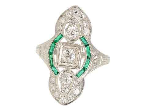Art Deco Vintage Diamond Emerald Ring