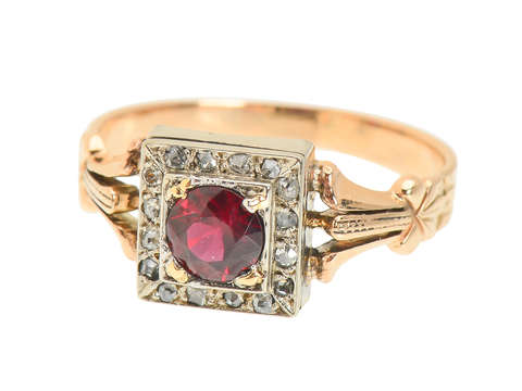 Antique Garnet Diamond Two-Toned Ring